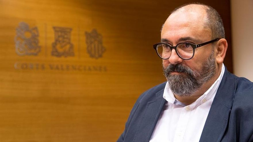 Un alto cargo de Compromís critica que Puig premie a Societat Civil Catalana