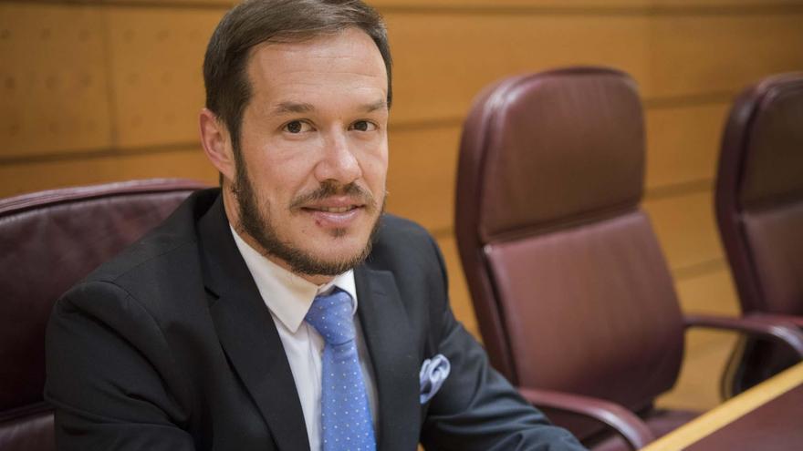 Mariano Hernández Zapata (PP), senador por La Palma.