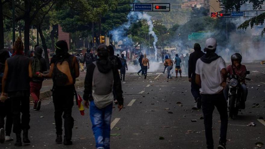 China considera que los venezolanos pueden gestionar bien sus propios asuntos