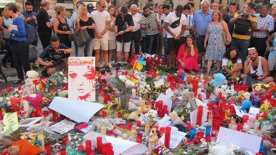 """Una treintena de organizaciones religiosas condenan los atentados y la """"manipulación"""" de la religión"""