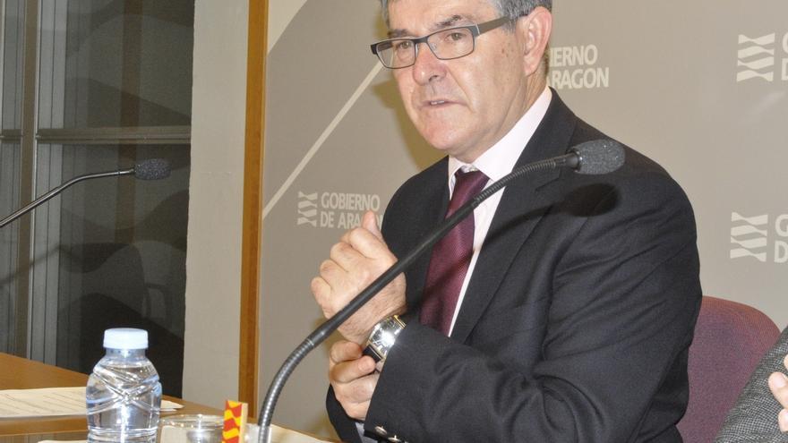 El consejero de Presidencia de Aragón pide a Cospedal que evite el cierre del Cuartel Sancho Ramírez de Huesca