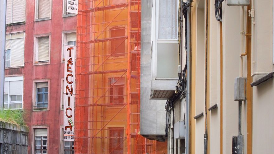 El Ayuntamiento aprueba ayudas para rehabilitar fachadas e instalar ascensores por 675.000 euros
