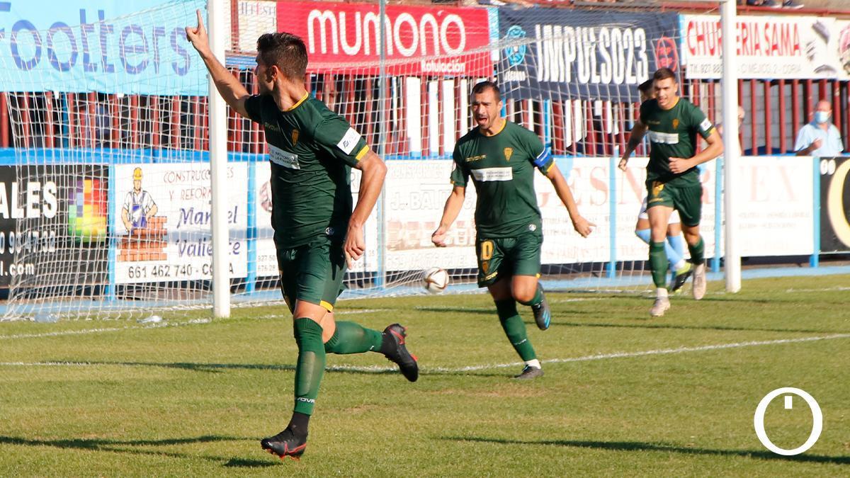 Willy Ledesma celebra un gol