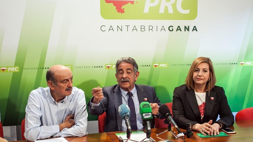 """Revilla dice que el PRC tiene """"garantizado"""" un diputado y PSOE, PP, Cs y Vox se repartirían los otros cuatro"""