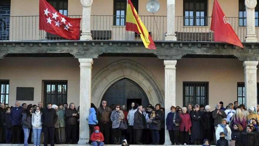 """El PSOE pide reactivar la ley e IU """"conciencia política"""" contra la violencia"""