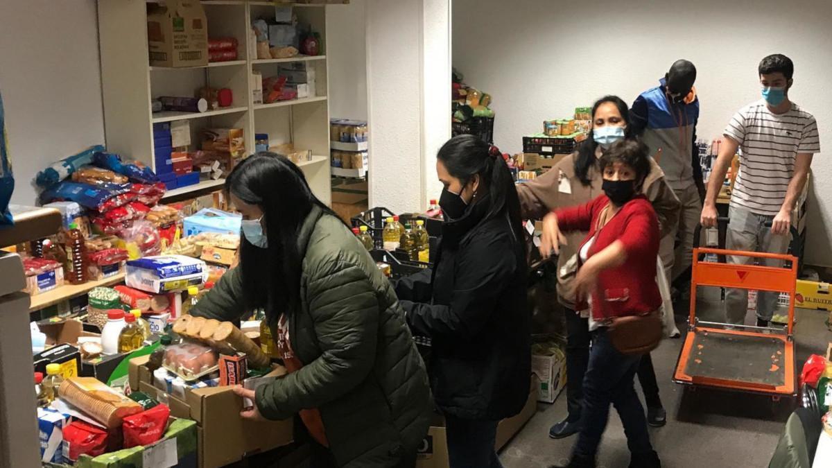 El banco de alimentos de Arganzuela tiene su sede en EVA