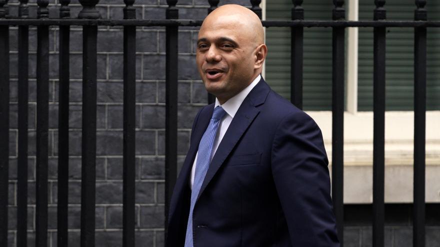 El Gobierno británico mantiene la desescalada pese al récord de contagios
