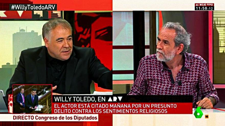 """Antonio García Ferreras y Willy Toledo en """"Al rojo vivo"""""""