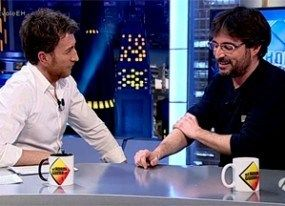Évole y Motos despidieron 'El Hormiguero' con guiño a Jorge Javier y 'Deluxe'