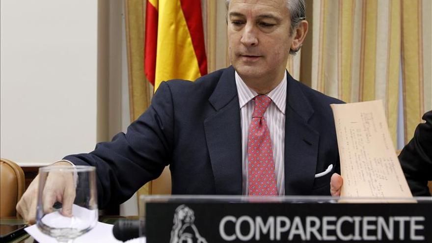 Fernández de Mesa anuncia una querella criminal contra los ataques a la Guardia Civil