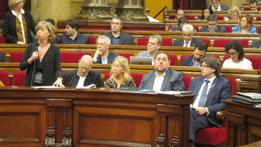El Gobierno catalán acusa a SíQueEsPot de frenar la nueva ley de vivienda que busca parar desahucios