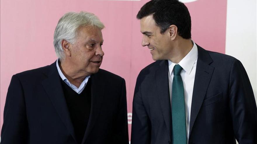 Pedro Sánchez y Felipe González cierran hoy la convención municipal del PSOE