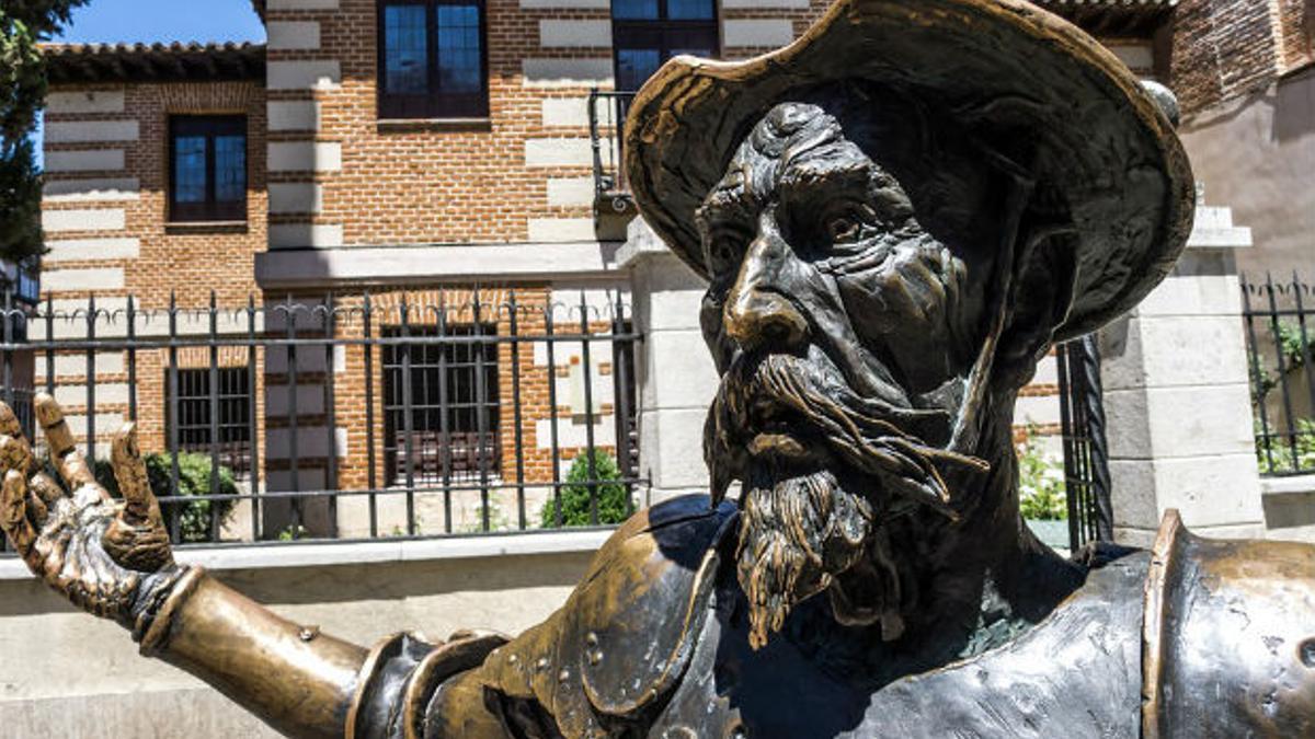 Una escultura de El Quijote.