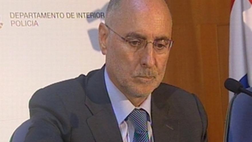 Rueda de prensa de Rodolfo Ares sobre las ultimas detenciones de etarras R