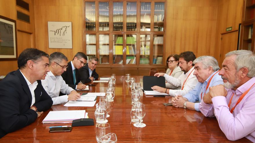 Reunión de municipios ribereños con el secretario de Estado de Medio Ambiente en el Ministerio para la Transición Ecológica