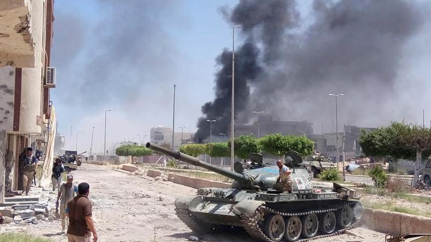 Siete muertos en un atentado suicida en la Comisión Suprema Electoral de Trípoli