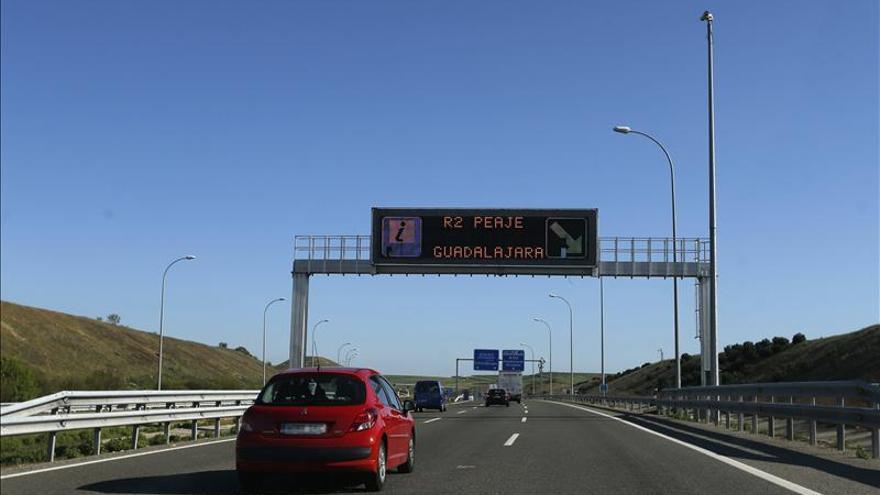 El Gobierno presenta el convenio para asumir la gestión de ocho autopistas