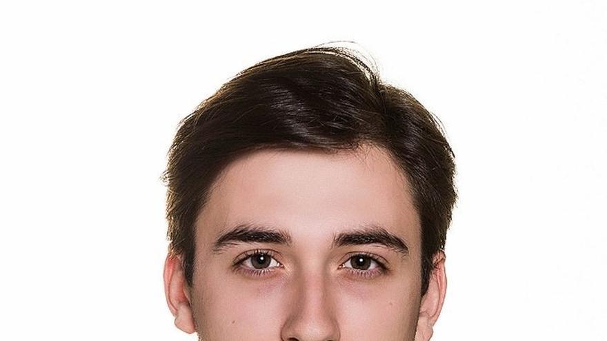 Álvaro Mancho, graduado de la Universidad de Navarra y natural de Cizur Mayor, número uno del PIR
