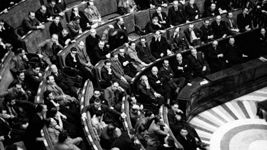 Matilde de la Torre en el Congreso de la República.