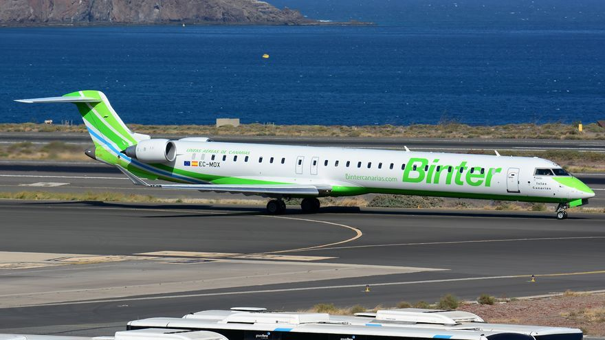 Avión Bombardier de la compañía Binter