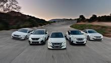Los turismos y SUV electrificados de la gama Peugeot.