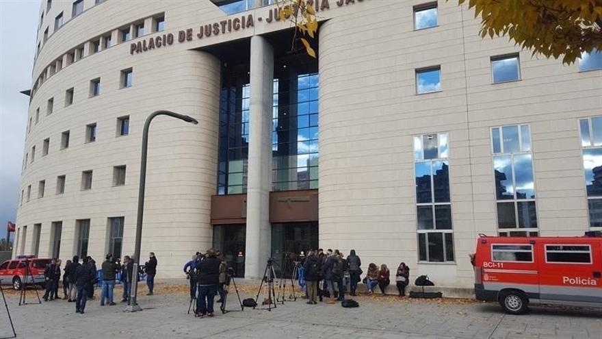 Se reanuda a puerta cerrada el juicio por la supuesta violación grupal de Sanfermines