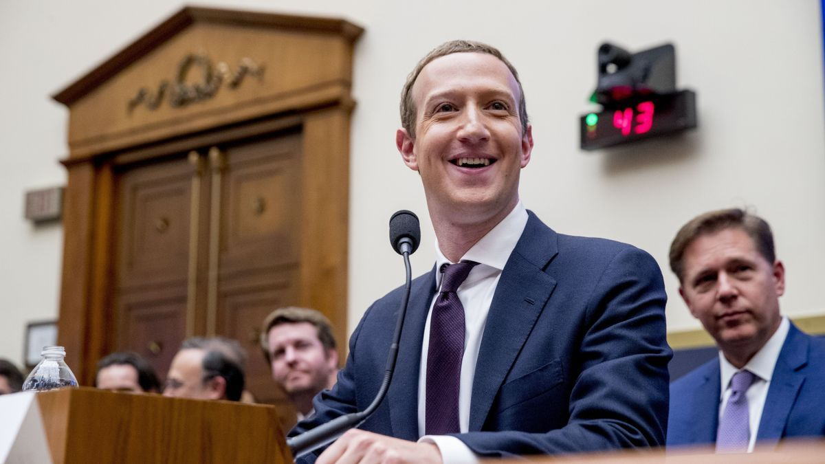 Mark Zuckerberg durante su presentación ante el Comité de Servicios Financieros de EEUU en 2019
