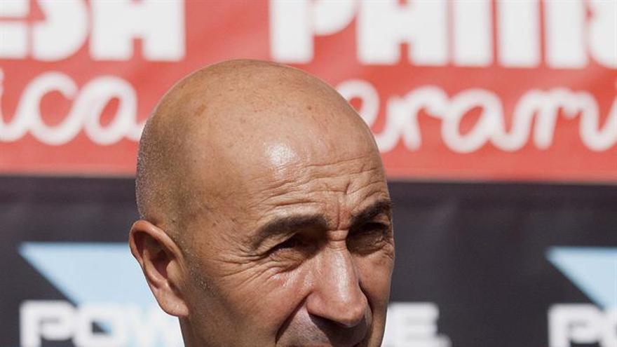 El entrenador de Las Palmas, Paco Ayestarán. EFE/Domenech Castelló