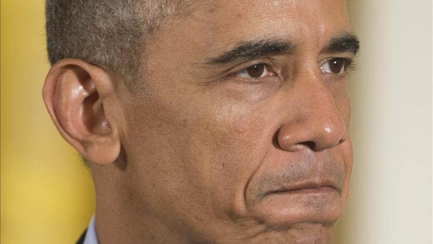 Activistas se preparan para seguir en directo anuncio migratorio de Obama