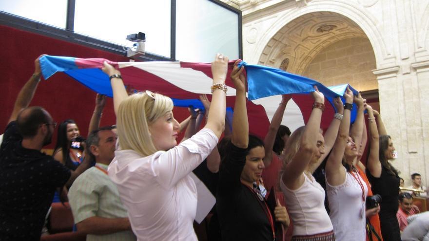 Gobierno advierte de que la ley de transexuales vulnera la distribución de competencias establecida en la Constitución