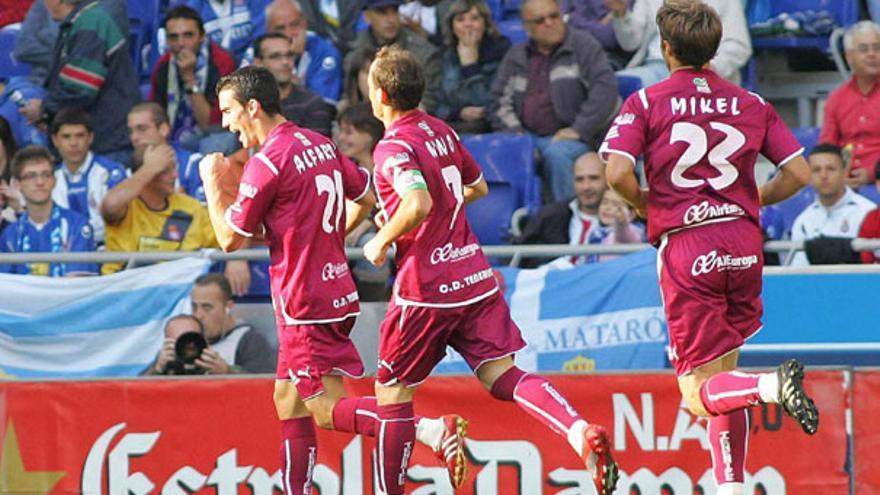Alfaro celebra su gol