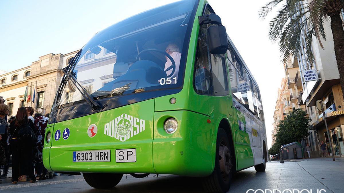 Microbús de Aucorsa