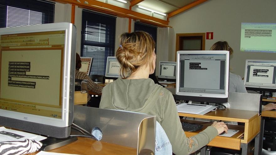 El Centro Municipal de Formación potencia el próximo trimestre los cursos de informática y creación textil