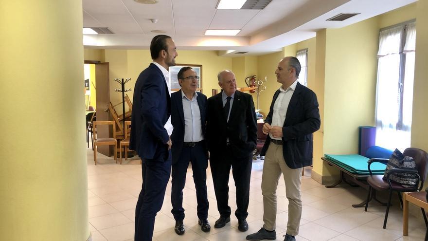 Los servicios sociales se trasladarán a un local cedido por Caja Cantabria en la Plaza Mayor