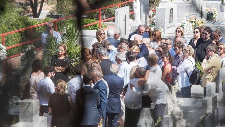 Las cenizas de Miguel Blesa reposan en el panteón familiar de Linares (Jáen)