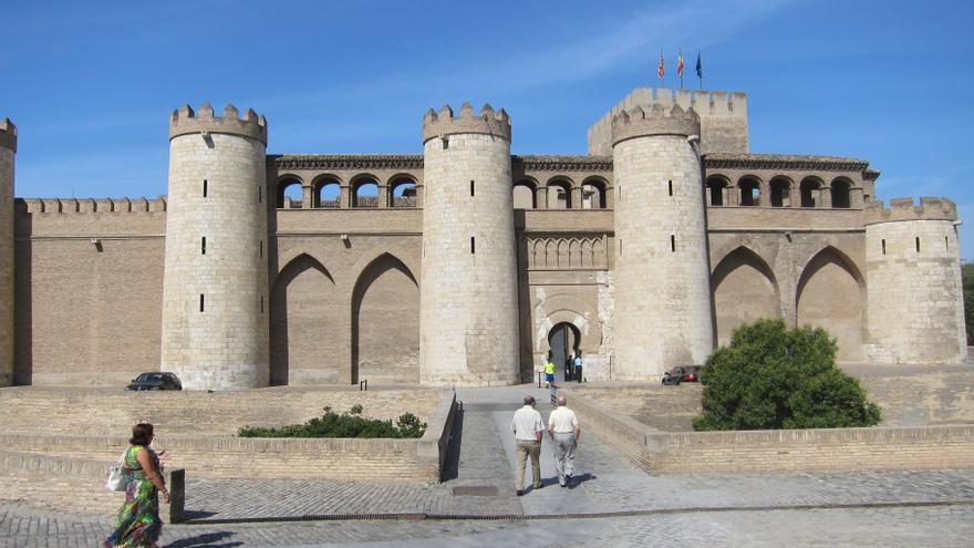 Las Cortes de Aragón aprueban mantener capacidad de autogobierno y priorizar cumplimiento de acuerdos con el Estado