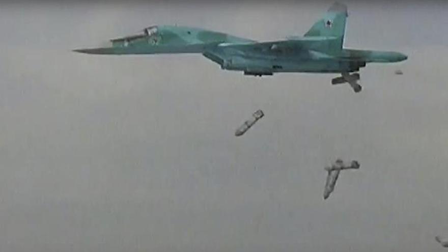 """Rusia califica de """"agresión"""" el derribo de un avión sirio por parte de EEUU"""
