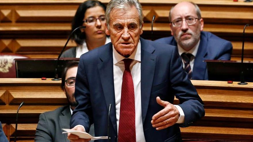 Los comunistas lusos reeligen a Jerónimo de Sousa como secretario general