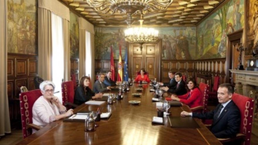 Primera sesión del Gobierno de Navarra. (EUROPA PRESS)