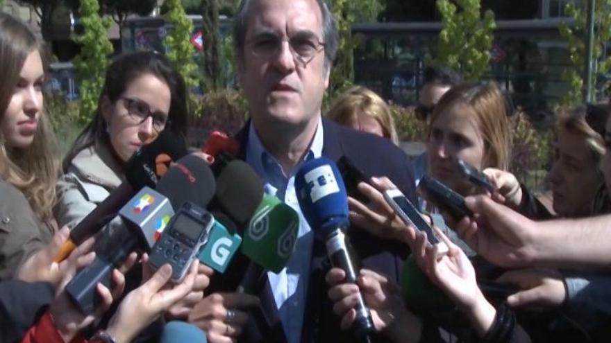 Gabilondo dice que corresponde a Cifuentes buscar una mayoría para gobernar y si ella no lo logra, él lo hará