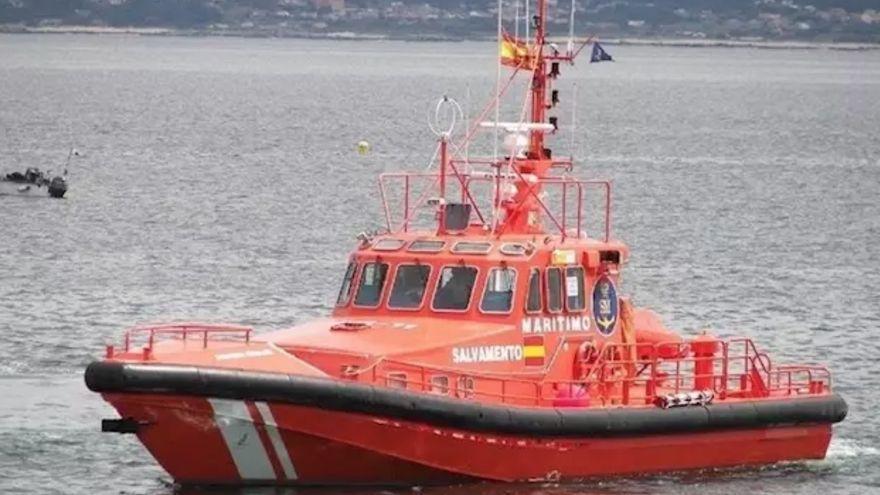 Salvamento Marítimo rescata a 36 personas de una patera al sur de Gran Canaria