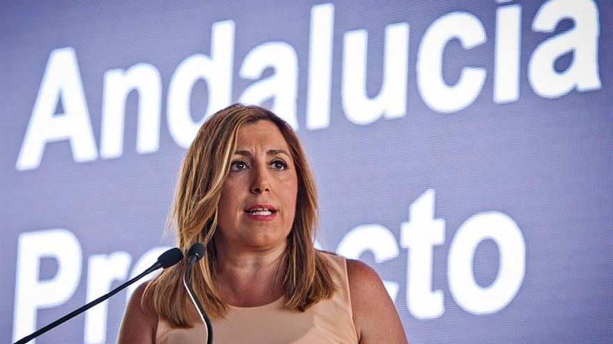 """Susana Díaz: """"Ahora toca reflexionar y debatir; estamos en eso"""""""