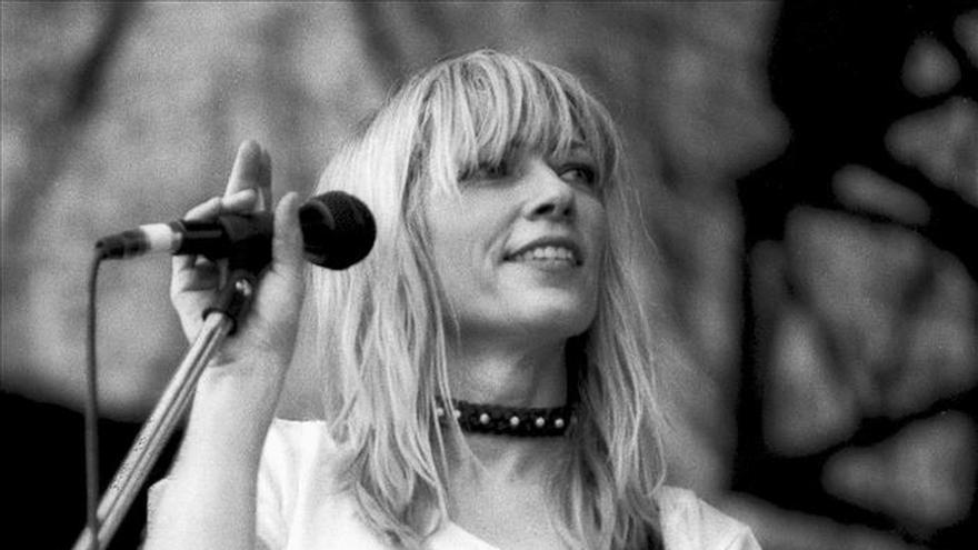 "La ""chica"" de Sonic Youth desmonta su mito"