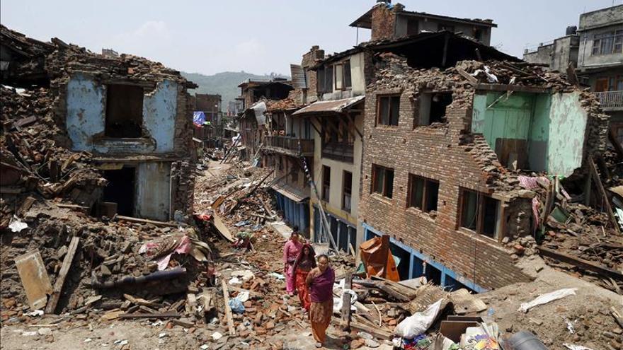 Nuevo terremoto de 7,4 grados en la zona más castigada de Nepal