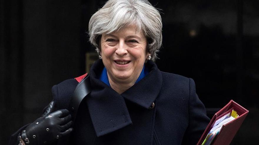 """May promete mantener en 2018 los """"progresos"""" hechos sobre el """"brexit"""""""