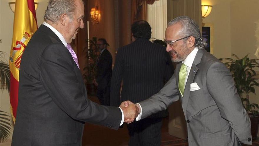 El Rey Juan Carlos recibe a representantes de España en Guatemala