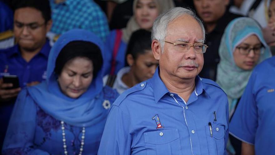 EE.UU. reclama mil millones de dólares vinculados al primer ministro malasio
