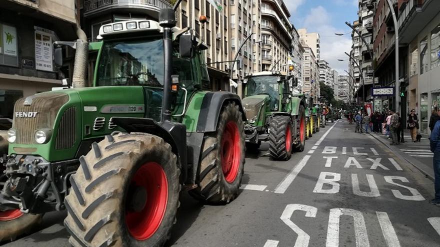 Tractorada en pleno centro murciano