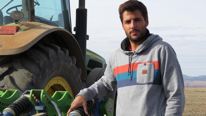 Marcos Garcés, agricultor y ganadero en Bañón (Teruel) y coordinador de Juventudes Agrarias de COAG.