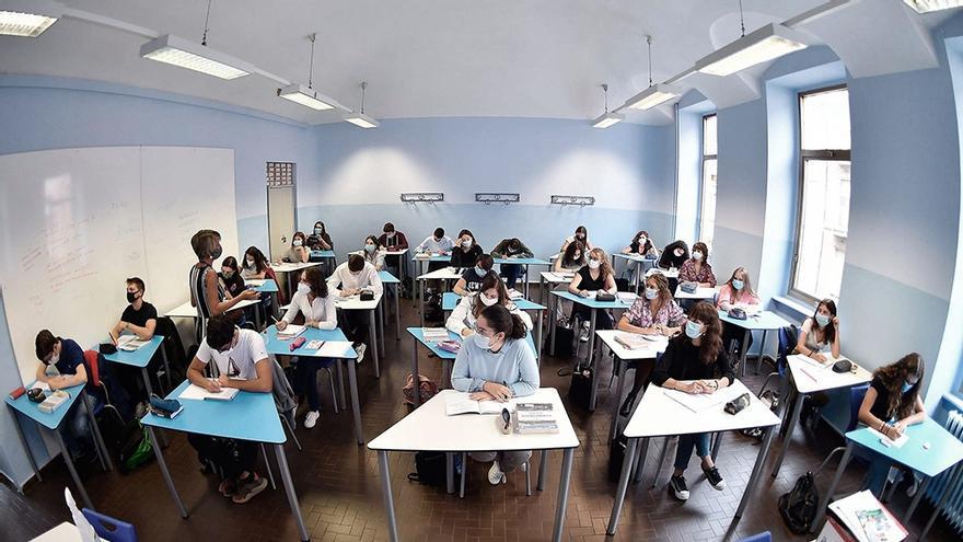 El Gobierno bonaerense definió que la rotación de alumnos presenciales sea semanal en algunas escuelas